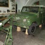 УАЗ-469 с двумя рулями для разминирования